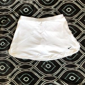 Nike fit dry skirt with shorts